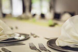 Cassazione:  alimenti congelati sul menù e tentata frode in commercio.