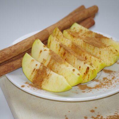 Plumcake di mela e cannella all'acqua